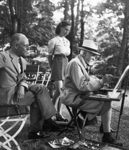 Cholnoky fest a Vaszary villa udvarán, 1942