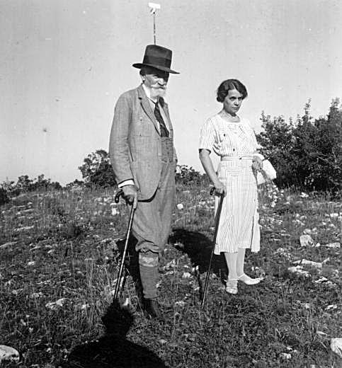 Cholnoky Jenő feleségével, Fink Idával. 1936