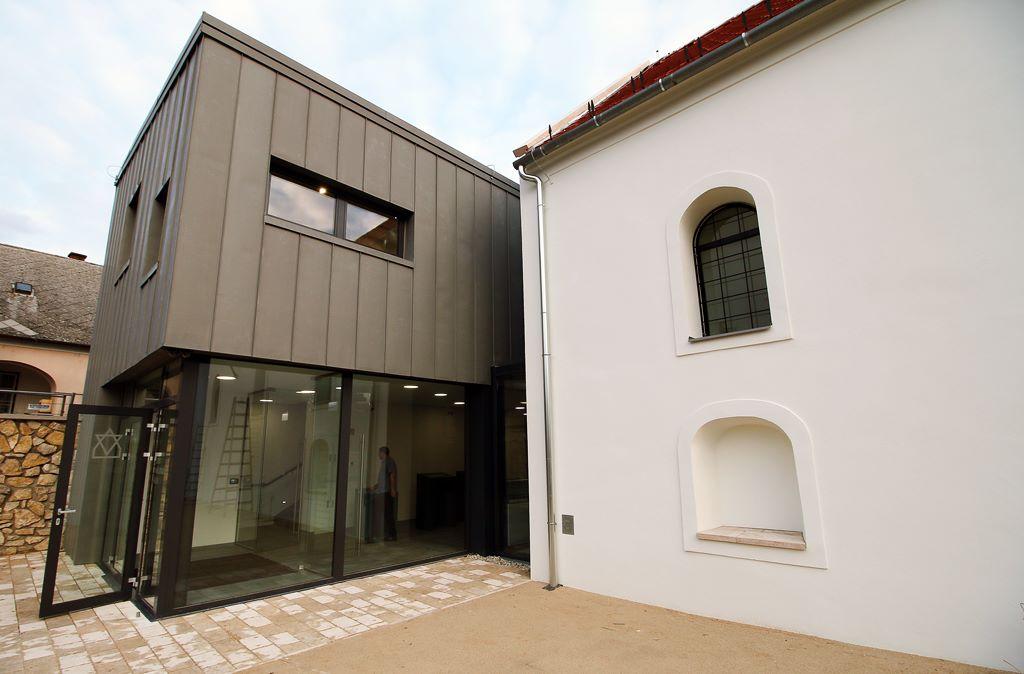 Művészek költöznek a Zsidó Kiválóságok Házába